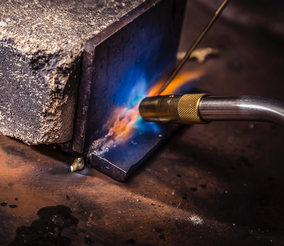MT565 torch welding